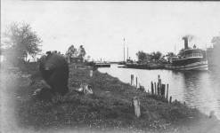 submarine on bank of Bayou St. John at Spanish Fort, 1900